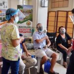 Bacolod resumes COVID vaccination in Brgys