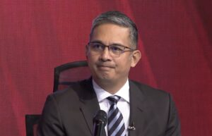 Pangilinan steps down as PLDT President and CEO;Panlilio appointed